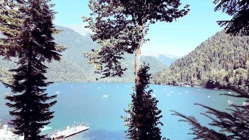 Медитация на высокогорном озере